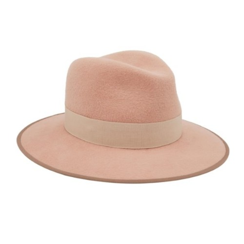 FEDORA CHRISTOPHER NUDE